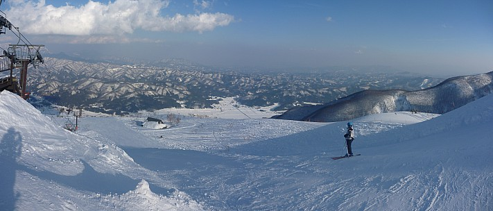 2015-02-11 15.40.30 Panorama Simon - end of day Alps 4th chair_stitch.jpg: 6589x2817, 3200k (2015 Jun 03 08:06)