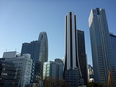 2016-03-03 08.33.42 P1000845 Simon - Shinjuku architecture.jpeg: 4608x3456, 6198k (2016 Mar 02 19:33)