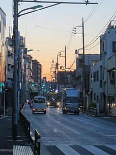 2017-01-11 16.54.52 IMG_8309 Anne - Yanaka street at dusk.jpeg: 3456x4608, 5335k (2017 Jan 26 05:34)
