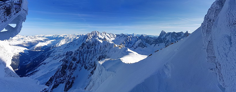 2018-01-24 10.16.31 Jim - view of L'Aiguille du Midi ar�te_stitch.jpg: 10807x4211, 33310k (2018 Jun 23 09:34)