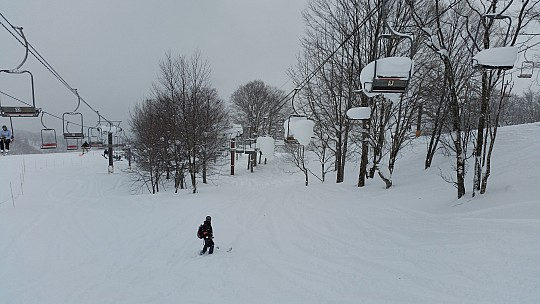 2015-02-10 11.49.02 Jim - Iwatake - between Sawa and 4sen East lifts.jpeg: 5312x2988, 5653k (2015 Feb 21 08:28)