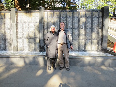 2017-01-11 12.01.14 IMG_8193 Anne - with Simon at Ueno park fountain.jpeg: 4608x3456, 6770k (2017 Jan 26 05:34)