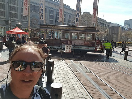 2020-02-27 12.10.24 GS8 Jim - selfie with Cable Car on turntable.jpeg: 3264x2448, 1978k (2021 Feb 27 04:07)